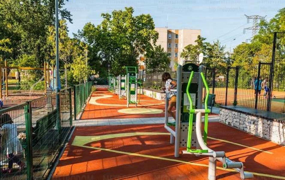A Cziffra György park a sportolni, a sétálni vágyóknak pár perc alatt megközelíthető.