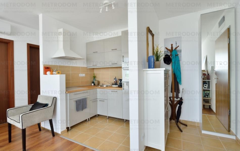 A City Home-lakások amerikai konyája funkcionálisan mindig határozottan elkülönül a nappalitól