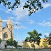 A neoromán stílusban épült Szent Margit templom 1933. óta áll a Lehel téren.
