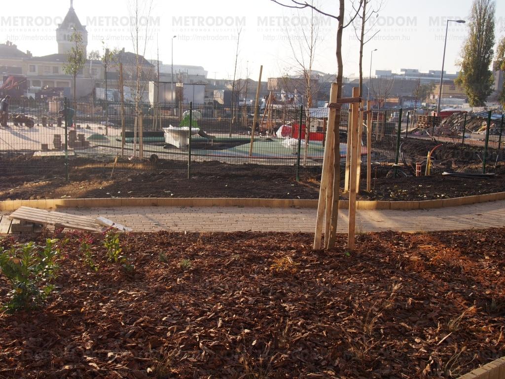 Egy hónap múlva kész a park