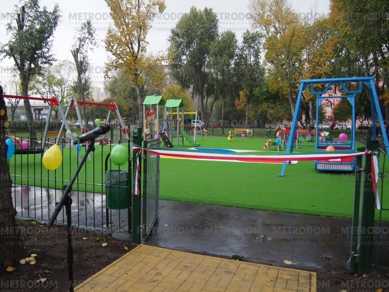 Refurbished playground in Száva Street